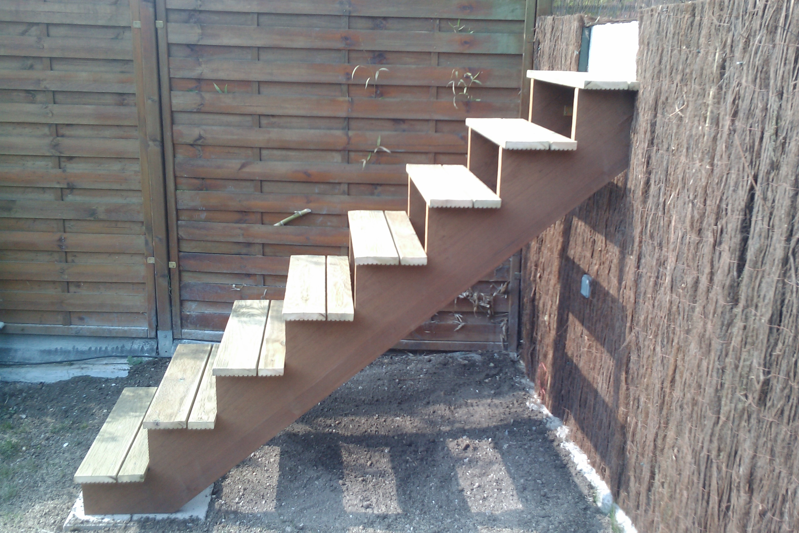 Escalier Bois Exterieur : Comment construire escalier exterieur bois ? La r?ponse est sur