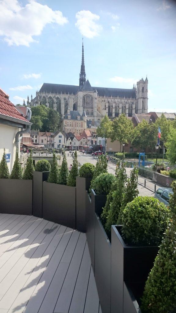 cathedrale_amiens_jardin_terrasse